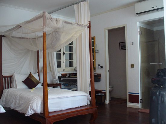 The BelleRive Boutique Hotel: Hotel Room