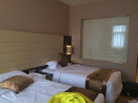 Ritan Hotel: Номер.