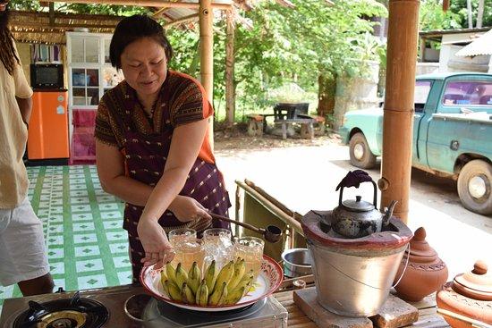 Saraphi, Thailand: Auntie Orn!