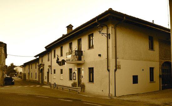 Sommariva del Bosco, Italien: Esterno