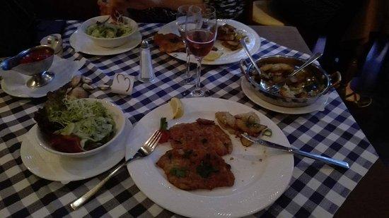 EBERT Restaurant & Bar: snitzel