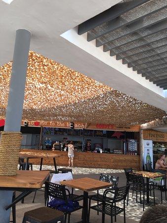 مطاعم الكوجانية والكريولية في Vari