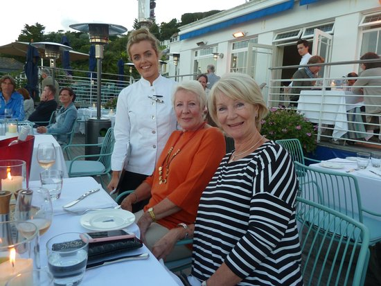 St Mawes, UK: My wife and her sister with our lovely waitress.