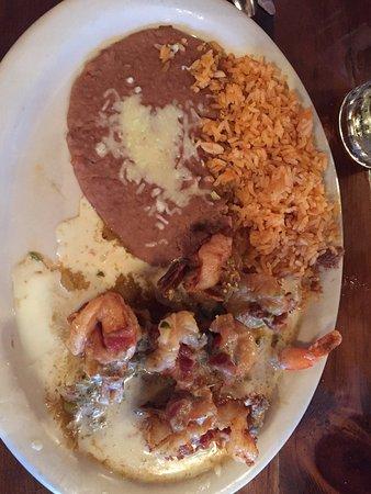Watseka, IL: Camarones Acapulco - Delicious!