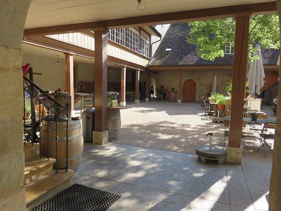 Erlach, สวิตเซอร์แลนด์: Inside