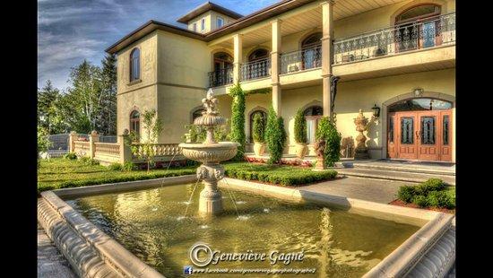 Saint-Ulric, Canada: Villa Carpinteri