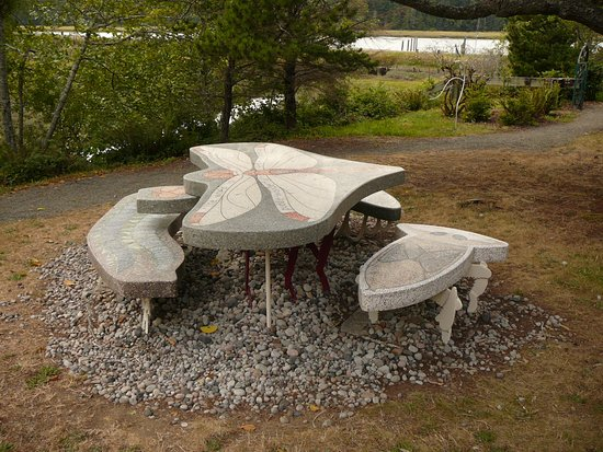 Ilwaco, WA: bug life picnic table