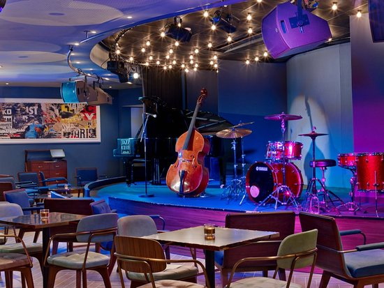 Jazz Club Etoile - Restaurant with Live Music