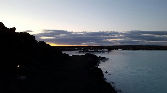 Grindavik, ไอซ์แลนด์: 20160806_223745_large.jpg