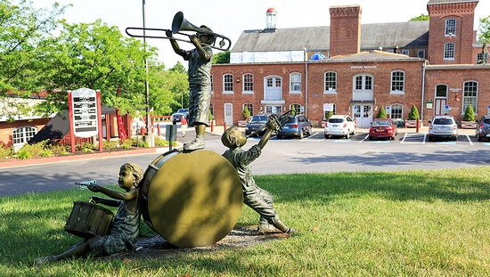 Musical statue at Historic Savage Mill