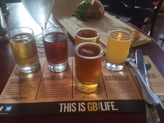 Leawood, KS: My flight of the craft beer. Not a dark fan.