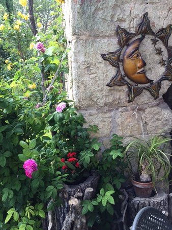 Toscana Mia: We loved staying in the sister's home, they made us feel right at home!