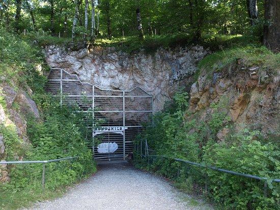 Cuevas de Astitz