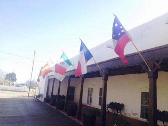 San Elizario, TX: Los Portales Museum & Visitors Center