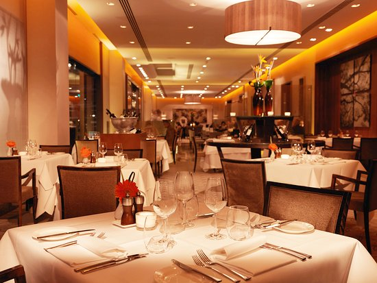 Royal garden hotel london reviews photos price for Terrace on the park restaurant