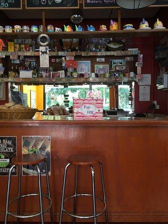 Angela's Bakery & Cafe: photo2.jpg