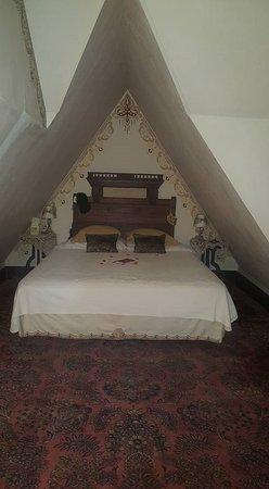 Carleton House Bed & Breakfast Image