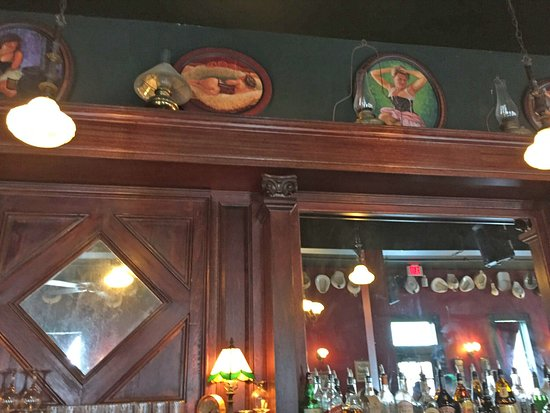 Red Onion Saloon: Some of the Onion's decor