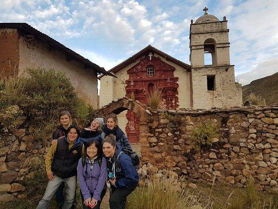Huancavelica, بيرو: Iglesia colonial ¨SANTA BARBARA¨