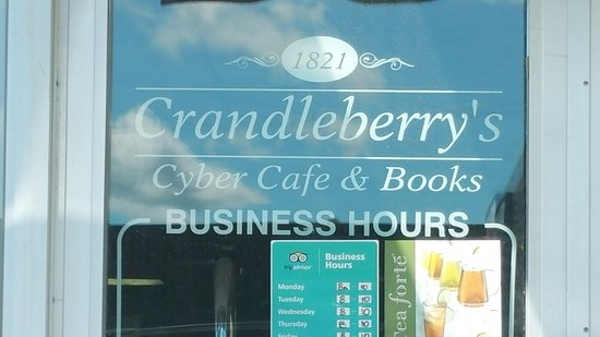 Welcome to Crandleberry's!