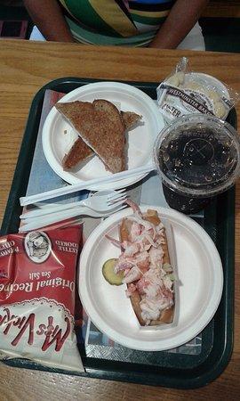 Moody, ME: Lobster roll e sandwich prosciutto e formaggio