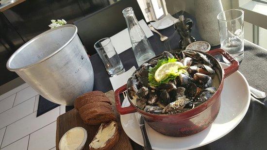 Løgstør, Danmark: Muslinger