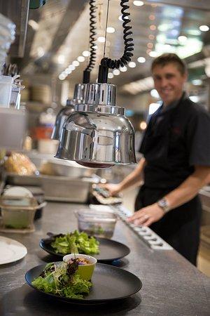 Chalet la Croix Blanche Hotel : cuisine de La Croix blanche