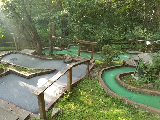 Mountain State Miniature Golf