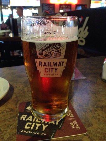 เซนต์โทมัส, แคนาดา: Une bière locale très bonne