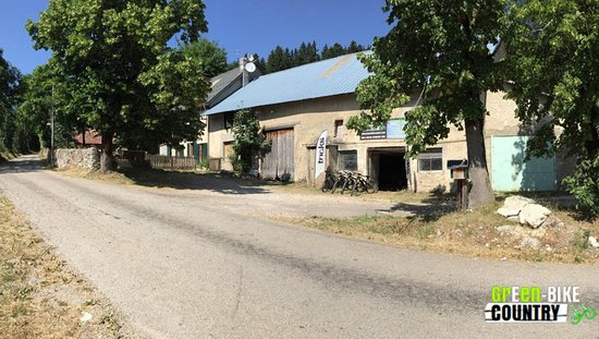 Saint-Nizier-du-Moucherotte, Frankrike: Corp de ferme Green E-Bike Country