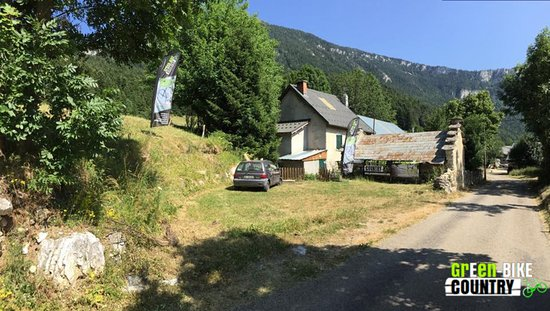 Saint-Nizier-du-Moucherotte, Frankrike: Parking Green E-Bike Country
