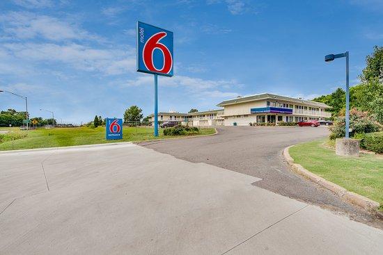 Motel 6 Muskogee : Exterior
