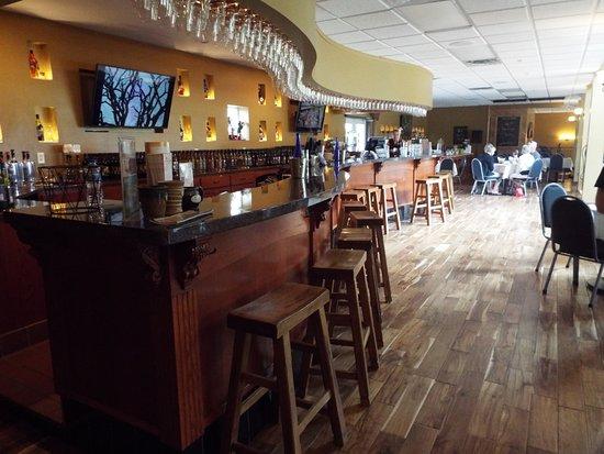 Hutchinson, MN: Tasting room