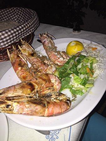 Chrani, Grecia: Portion of shrimps €8.50