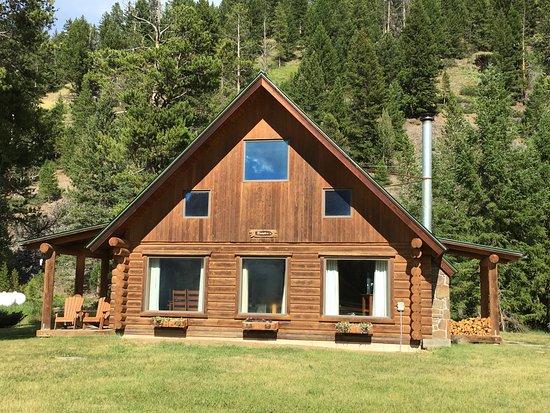 320 Guest Ranch: Vores lille hus til vores familie på 3 :-)