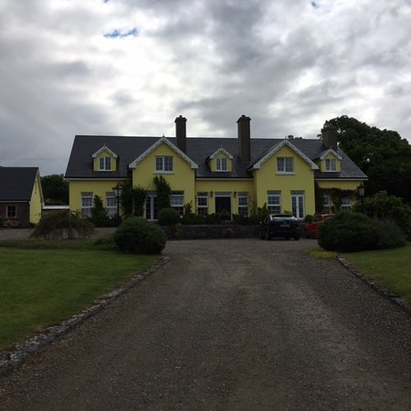 Drumcreehy Country House: Isn't this a lovely place!
