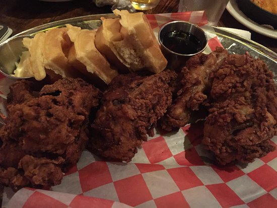 Southern Hospitality BBQ : Southern fried chicken