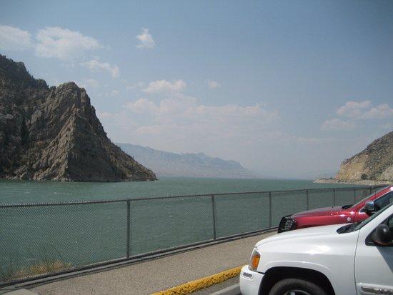 The Buffalo Bill Reservoir: Smoke in the valley