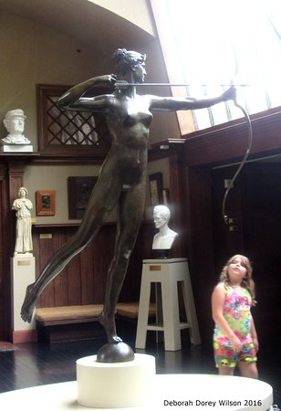 Cornish, Nueva Hampshire: My 7 year old Great Niece was amazed and led to discussion on many of the statues.
