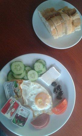 Piya Hostel: Harika kahvaltı