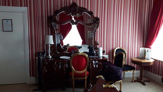 Hotel Commodore Photo