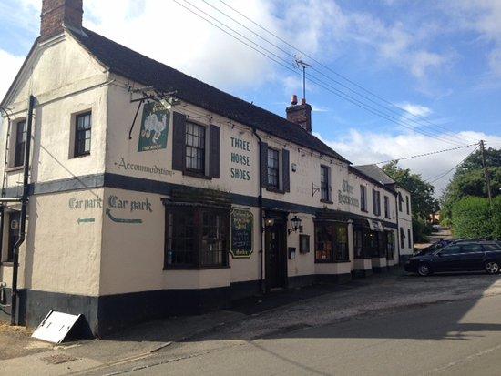 The Three Horseshoes: External shot of pub