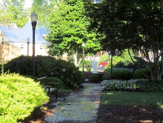 Zwaanendael Park & Herb Garden