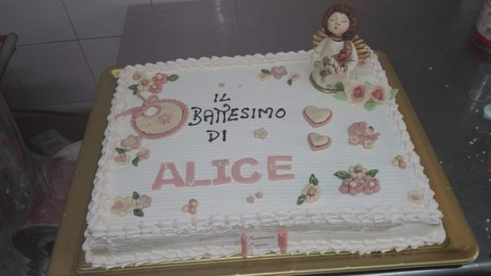 Torta Per Battesimo In Stile Thun Foto Van Pasticceria Caprice