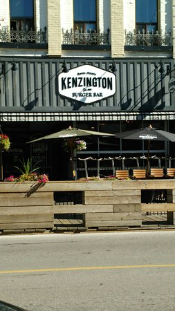 Барри, Канада: Kenzington Burger Bar