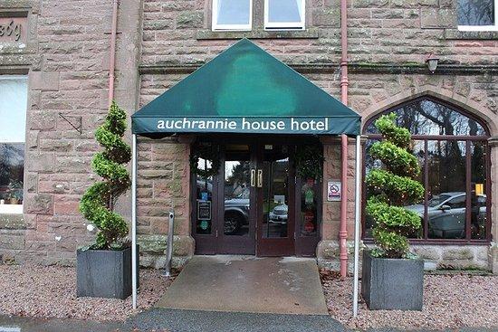 Auchrannie Spa Resort: Hotel Entrance