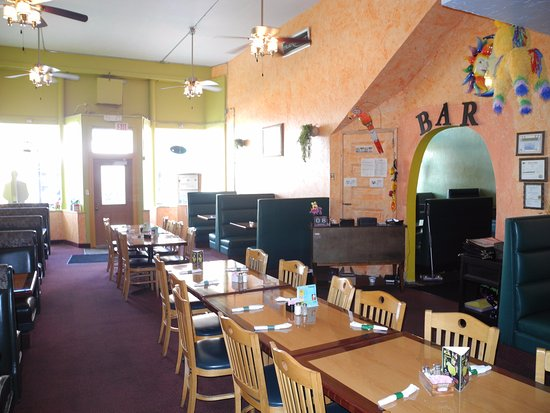 Forest City, IA: The Dining Room
