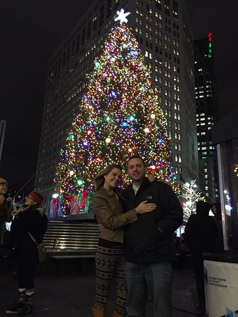Detroit Downtown: Skating in the middle of downtown and a gorgeous Christmas tree nothing beats