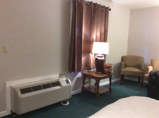 Lenox, MA: Yankee Inn