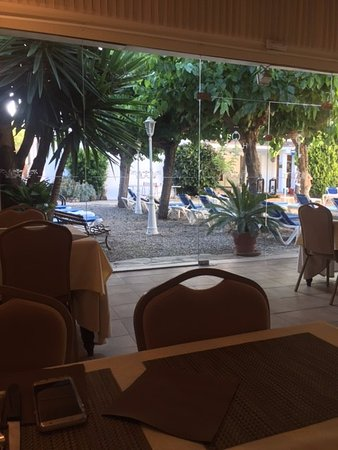 Hotel Capri: A view from the dining area